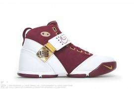 Zoom Lebron 5 V PE CTK Christ The King Away Promo Sample by Nike x LeBron James