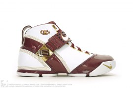 Zoom Lebron 5 V PE CTK Christ The King Home Promo Sample by Nike x LeBron James