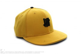 5 Strikes New Era Fitted Cap by Undefeated