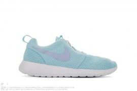 Wmns Rosherun Glacier by Nike