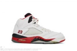 Air Jordan 5 Retro by Jordan