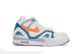 Air Tech Challenge II by Nike
