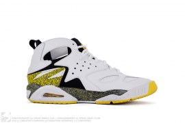 Air Tech Challenge Huarache by Nike