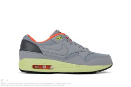 Air Max 1 FB by Nike
