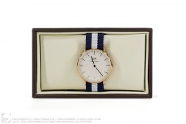 Classic DW Watch by Daniel Wellington