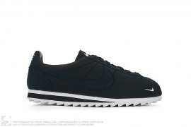 mens shoes Classic Cortez Shark Low Sp by Nike
