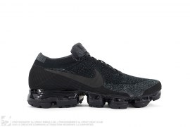 NikeLab Air Vapormax Flyknit Triple Black by Nike