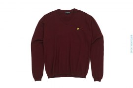 Merino Wool Vintage V-neck Sweater With Patched Logo by Lyle & Scott