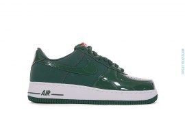 Air Force One 07 Low Top Sneakers by Nike