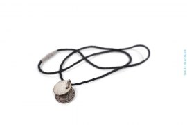 Woven Leather Pendant Necklace by Bottega Veneta